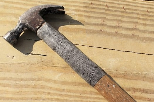 hammer repair with strong tape