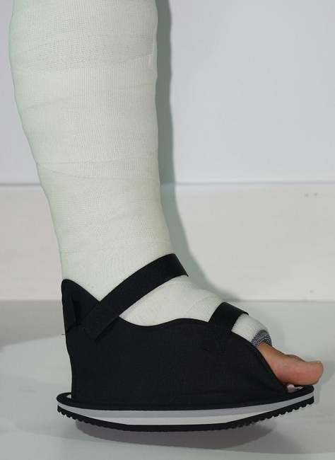 Orthopedic Shoes For Walking Plaster Cast