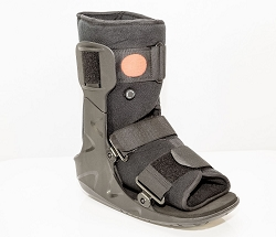 OrthoLife AirCast Medical Orthopedic Fracture Boot - Short