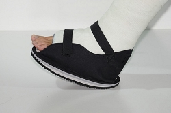 Multi Black Canvas Cast Shoe - OSSUR
